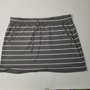 Torrid striped knit skirt Size 4